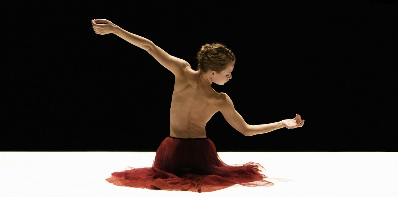 Stina Maartensson of Danish Dance Theater performing Silent Steps. Choreography by Tim Rushton. Photo by Henrik Stenberg. 2006 Festival performance.